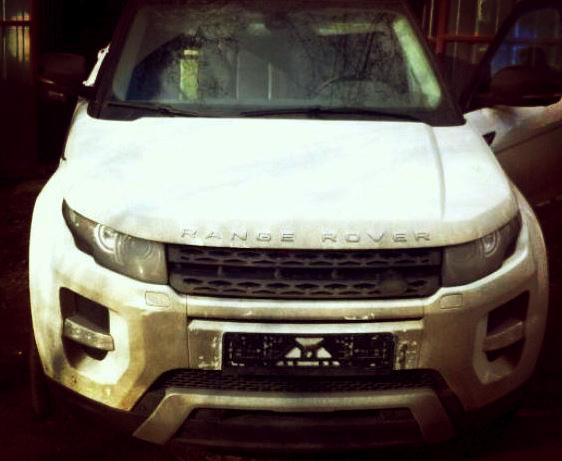У Києві затримали озброєну банду переселенців, яка викрадала лише Range Rover (ФОТО)