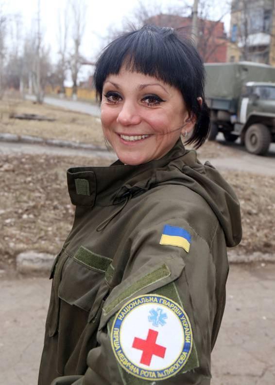 Львовская медсестра на передовой спасает раненых бойцов АТО