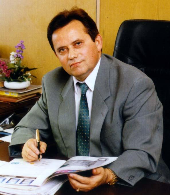 Прокуратура заперечила, що в ректора ЛДФА вилучили 5 кг золота