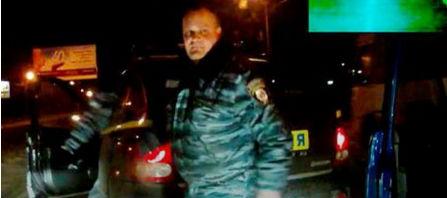 Львівський суд поновив на посаді «беркутівця», який трощив автомобілі майданівців у Києві