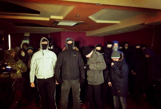 Скандальний погром у Києві: під носом міліції знищено підпільне казино, затримано активістів