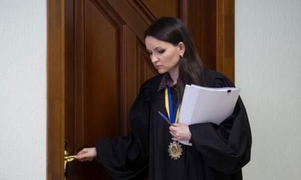 Суд над одіозною суддею Царевич. Онлайн-трансляція