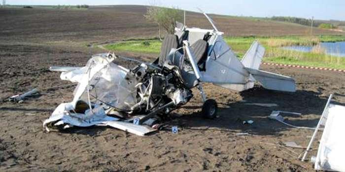 В Обухівському районі Києва впав літак (ФОТО)