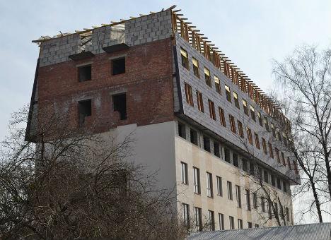 Скандал з незаконним будівництвом у Львові. Хто «кришує» самобуд на Гіпсовій?
