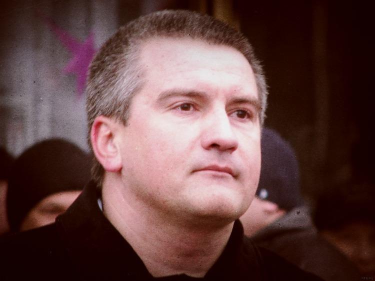 Мережу підірвало відео, де Аксьонов називає себе щирим українцем і  не розглядає анексію Криму