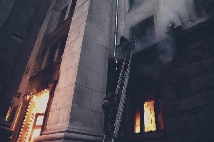 З'ясовано причини пожежі й загибелі людей в одеському Будинку профспілок, – ГПУ