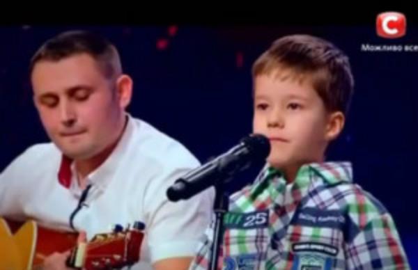 5-річний малюк підкорив талант-шоу піснею «Воины света» (відео)