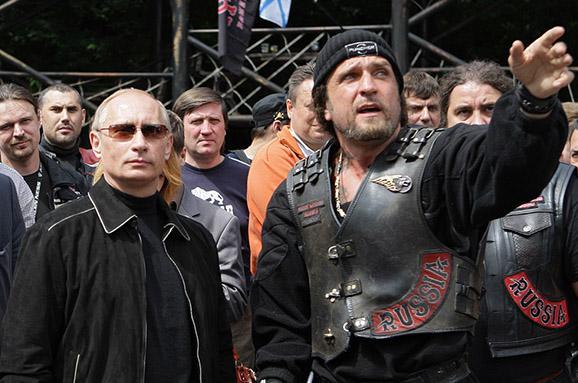 Путінські байкери причетні до анексії Криму, – Сікорський