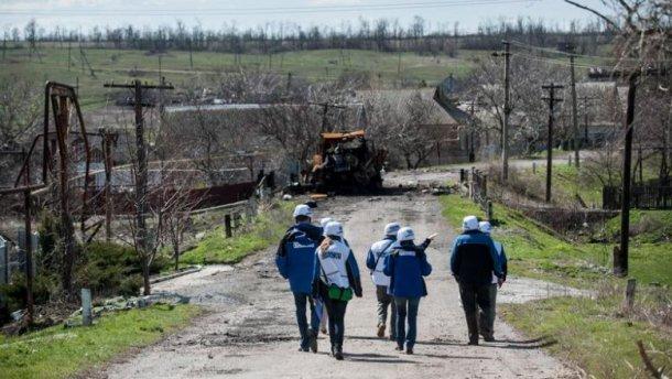 """""""Вот он, дохлятина"""", — боевики снимали, как разминируют тело украинского бойца (18+)"""