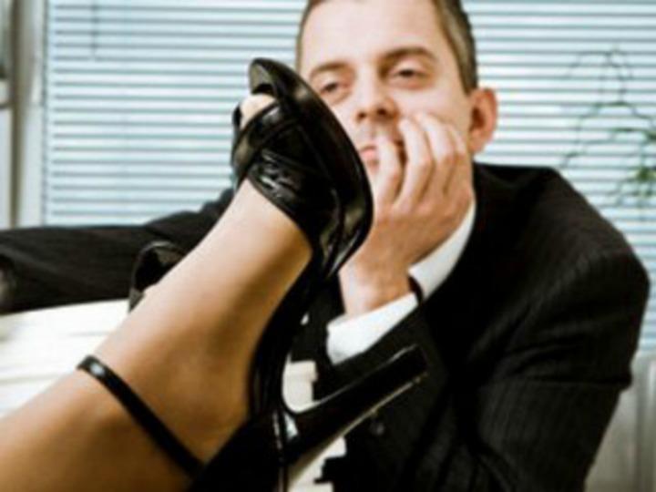 """""""50 відтінків"""" Радехівського ЦЗ: працівники поскаржилися на сексуальне домагання директора"""