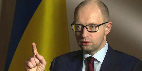 Яценюк уверяет, что украинская медицина станет современной и эффективной