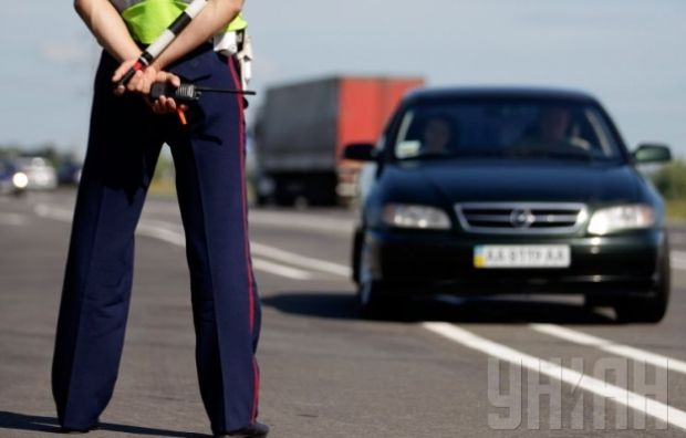 На Волыни во время несения службы застрелился 40-летний инспектор ГАИ