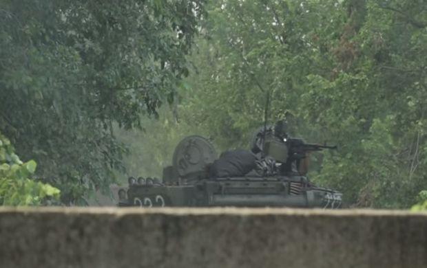 У районі Мар'їнки терористи застосували бронегрупу – ІС