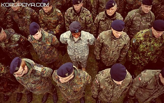 Рада дозволила іноземним миротворцям проводити військові операції (ВІДЕО)