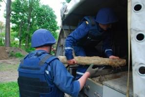 На Львовщине пиротехники обезвредили опасные боеприпасы сразу в нескольких районах