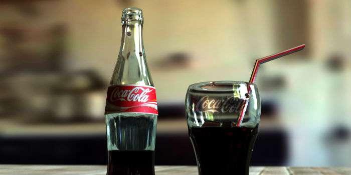 Медведєва просять ввести заборону на Coca-Cola і Pepsi у РФ