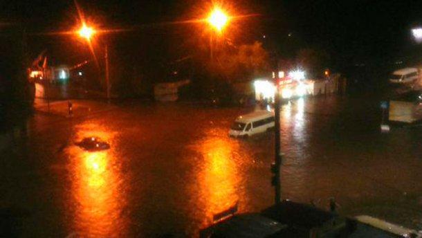Слідом за Сочі затопило Воронеж (фото)