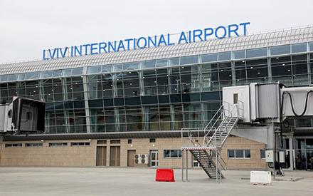 Сьогодні у новому терміналі Львівського аеропорту помер чоловік років 40-ка