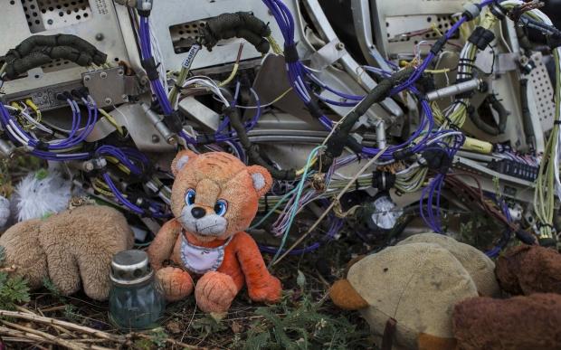 Родственники жертв MH17 подали в суд на Гиркина на $900 миллионов
