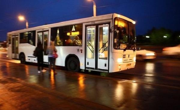 Графіки нічних автобусних маршрутів у Львові адаптують до потреб працівників нічних змін