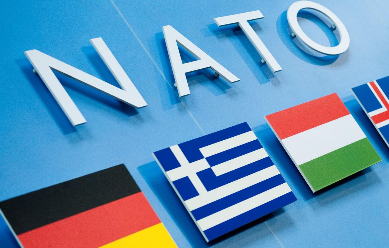 Вступление в НАТО поддерживают более 60% украинцев