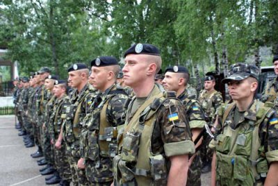 Сьогодні у Львові отримають бойові прапори й ключі від квартир національні гвардійці