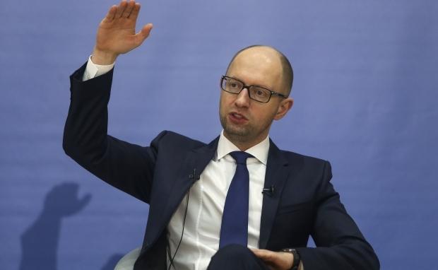 Яценюк має намір у вересні запропонувати коаліції новий склад уряду
