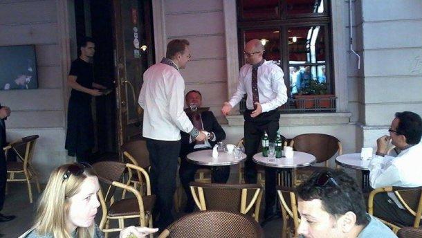 На каву до Львова: Яценюк поспілкувався з Садовим і Синюткою (фото)