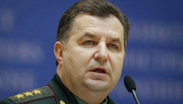 Полторак назвал количество военных и танков РФ на Донбассе