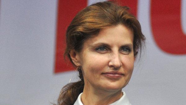 Перша леді зробила селфі з першим поліцейським Львова (ФОТО)