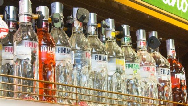Пити стане дорожче: від сьогодні зростають ціни на алкоголь