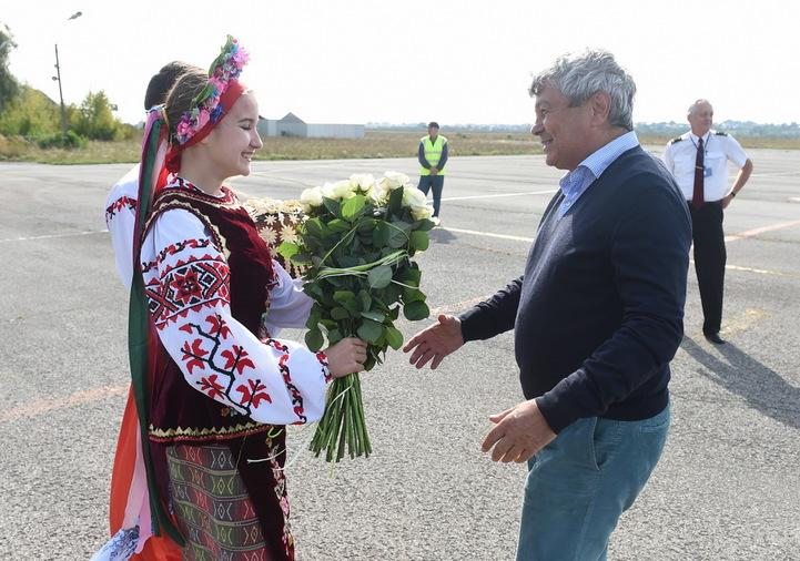 """Як мер Тернополя """"підлизався"""" до Ахметова (ФОТО)"""