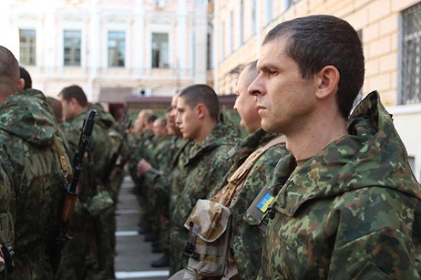 Київські міліціонери відправилися в зону АТО (фото)