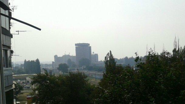 Харків також огорнув підозрілий дим (фото)