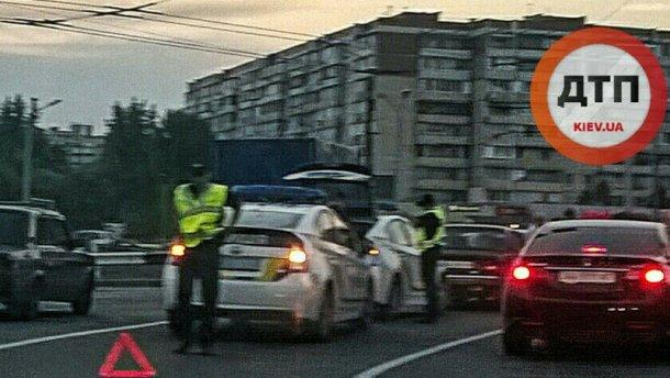 В Киеве столкнулись два патрульных автомобиля (Фото)