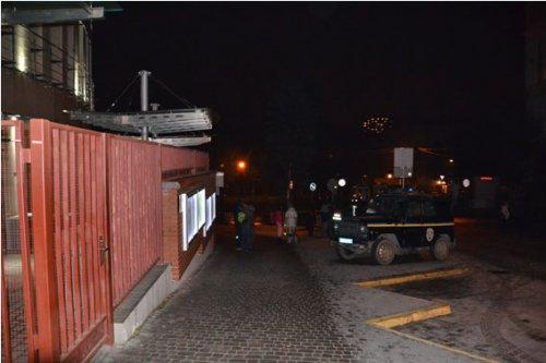 Під польським консульством у Львові вибухнув смітник (Фото)