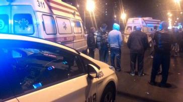 Жахлива ДТП у Харкові. Таксист збив двох людей на переході (ФОТО)