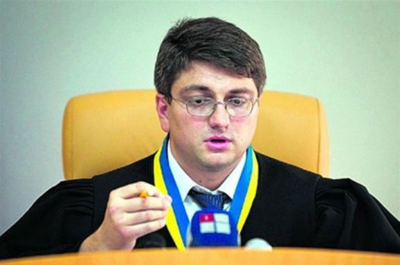 Судді Кірєєву, який перебуває в розшуку, досі нараховують зарплату