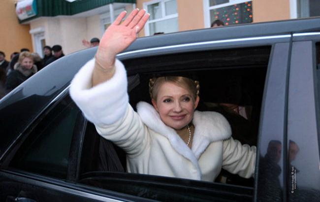 МВД: Тимошенко ездила на угнанном Мерседесе из автопарка Януковича (Фото)
