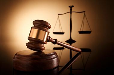 Суд наклав арешт на низку земельних ділянок посадовців