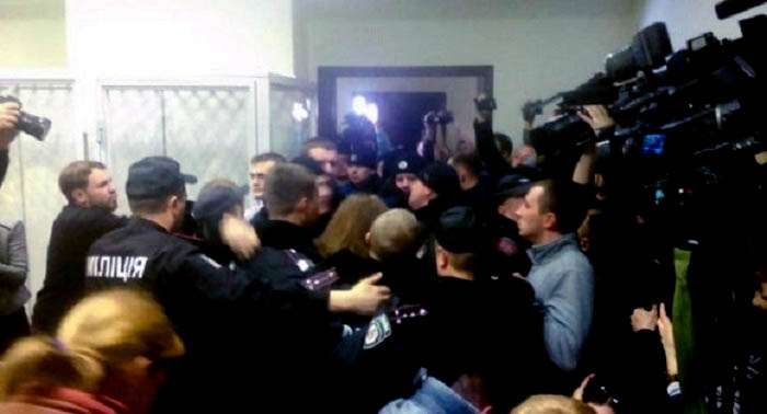 ГПУ возбудила дело за драку в суде по делу Корбана