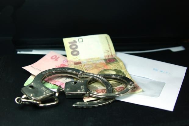 На Вінничині за отримання хабара затримано начальника райвідділу міліції