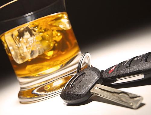 Львівські поліцейські оштрафували двох п'яних водіїв із одного авто