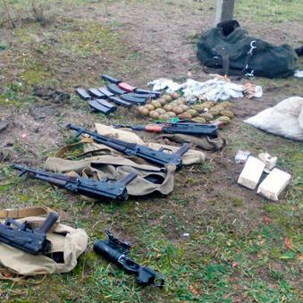 У Житомирській області в рюкзаку знайшли арсенал зброї
