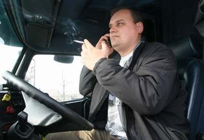У Львові можуть звільнити водія маршрутки за куріння у салоні