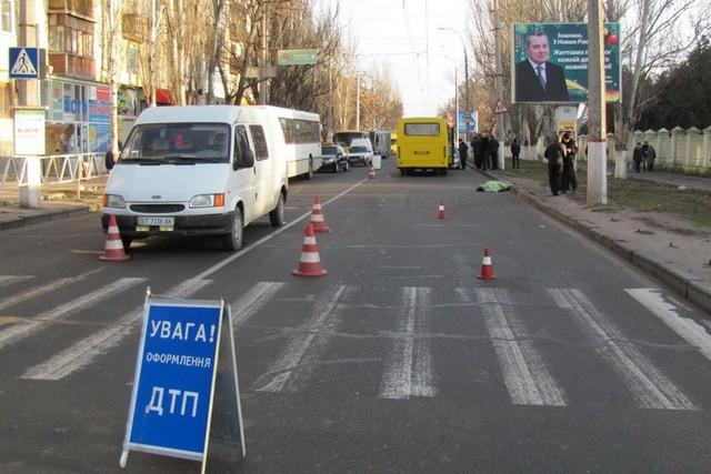 У Львові на пішохідному переході «Део Матіз» збив чоловіка