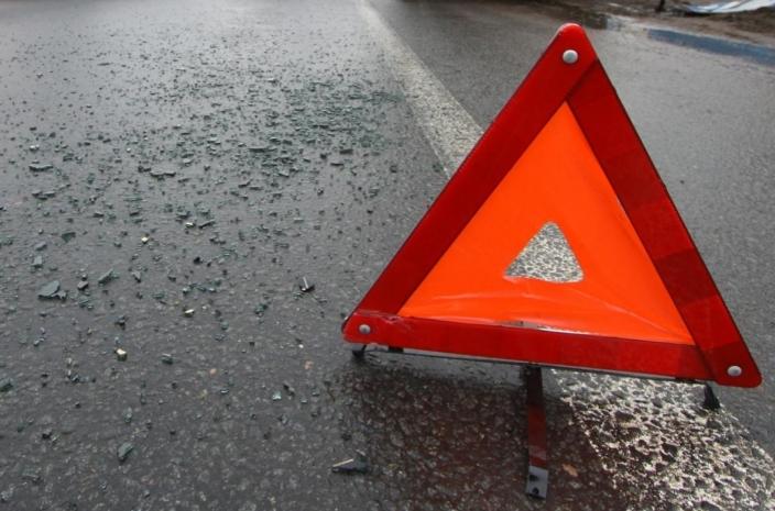 ДТП на Львівщині: авто зіткнулося з банером, загинули 2 жінки