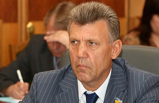 Прокуратура виявила махінації Ківалова з петиціями Президенту