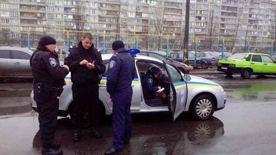 В Киеве стрельба среди бела дня: есть пострадавшие