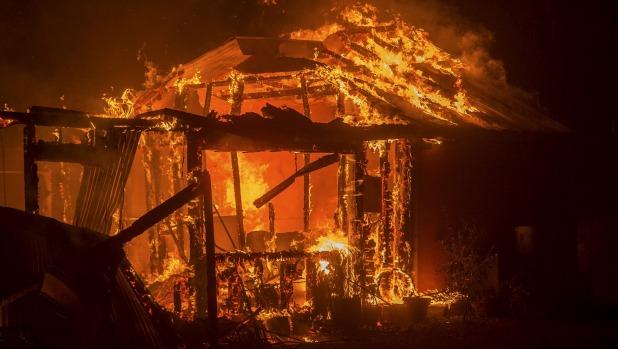У Росії живцем згоріли троє дітей, залишені без нагляду